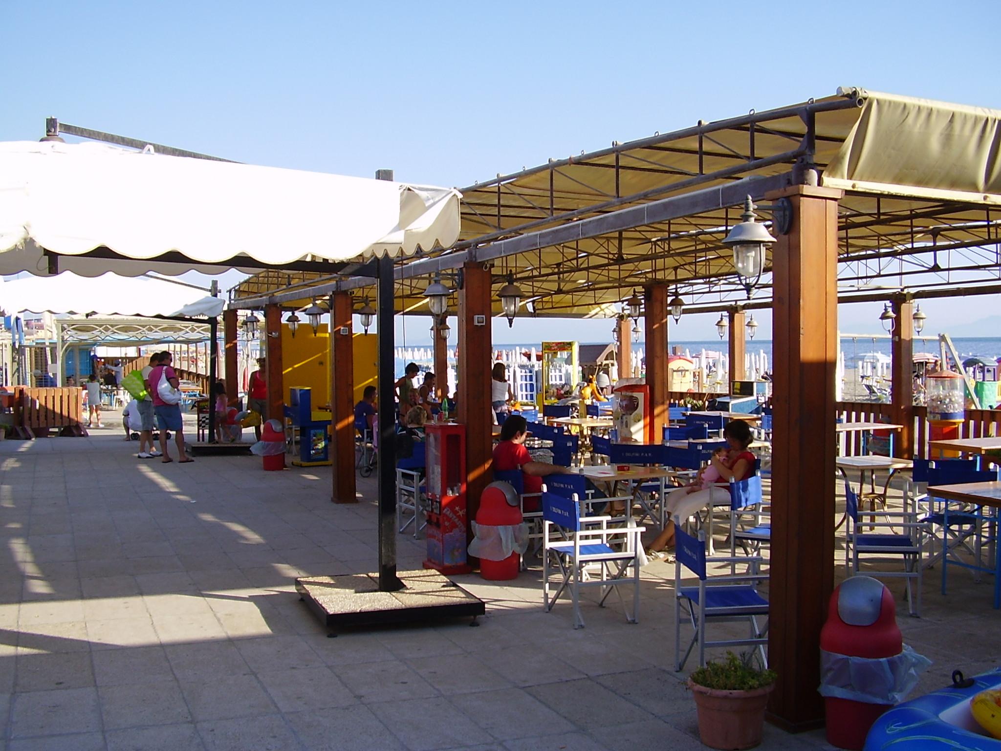 Gazebo bar